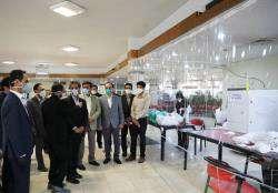 تولیدکنندگان ماسک و وسایل بهداشتی از حلقه های دفاع در مقابل شیوع کرونا هستند