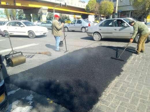 اجرای عملیات چاله زدایی معابر پردد در شهرداری منطقه ۶