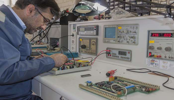 تعمیر و بازسازی بردهای الکترونیکی دستگاه آنانسیتور