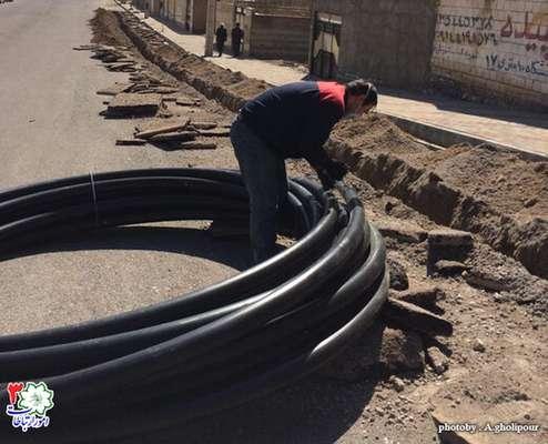 لوله گذاری ۱۵۰۰ متری برای تامین آب خام فضای سبز پارک شهید تجلایی