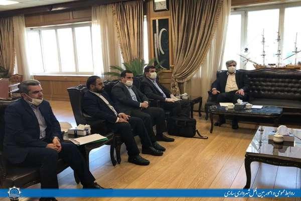 قفل بیمه کارکنان و پیمانکاران شهرداری به دستان رجبی شهردار ساری باز شد