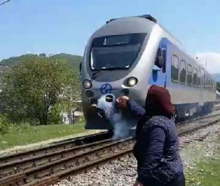 نان، عشق، قطار