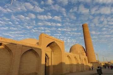 وزیر راه و شهرسازی در پیامی روز ملی معماری را تبریک گفت