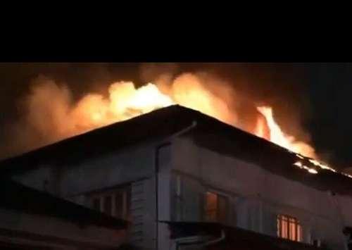 حادثه آتش سوزی در سبزه میدان رشت مرد معلول را به کام مرگ کشاند/آتش نشانی رشت