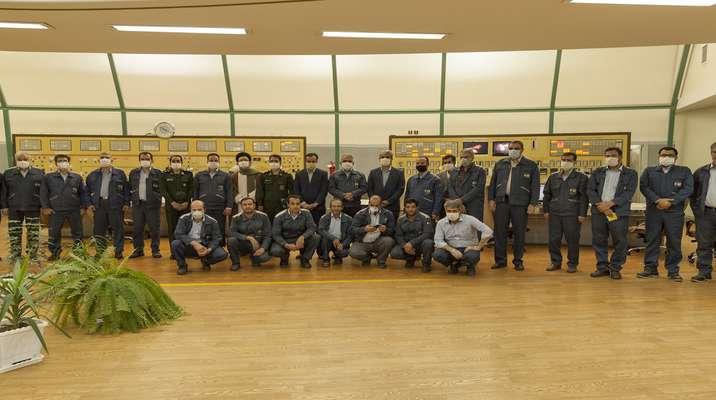 حضور مسئولین شهرستان شازند در نیروگاه حرارتی شازند