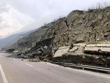 تکرار حوادث طبیعی در آزاد راه تهران - شمال