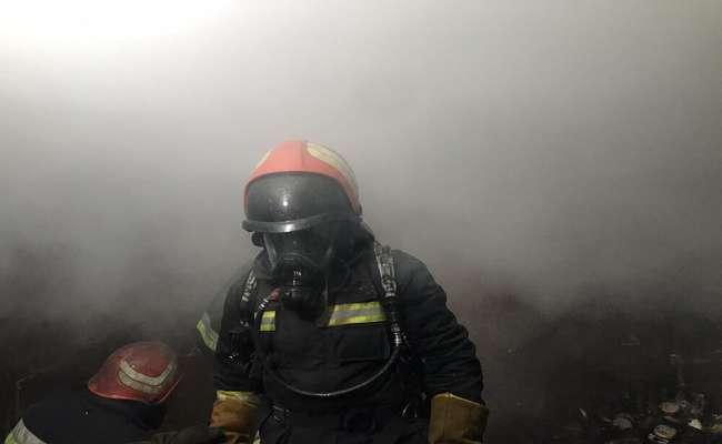 آتش سوزی بلای همیشگی بازار تبریز/بی سامانی سیم کشی های موقت بازار