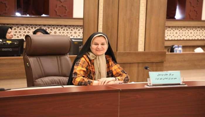 دکتر «لیلا دودمان» خبر داد: برای نخستین بار پارک هوشمند دوستدار کودک در شیراز اجرا میشود