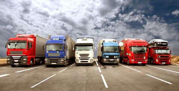 پیگیر مشکلات کامیون داران در رابطه با لاستیک و قطعات یدکی هستیم