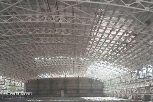 اتمام عملیات پوشش سقف سالن ورزشی کارگاه امانی شهرداری منطقه ۲