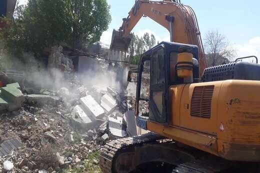 ادامه تخریب ساخت و ساز های غیر مجاز در آرپا دره سی