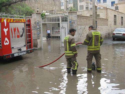 انجام ۶۵ ماموریت توسط آتش نشانی در پی بارش باران بهاری
