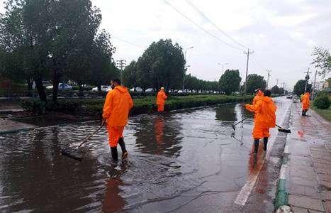 بارش رگباری باران و تگرگ عامل آبگرفتگی در برخی از نقاط شهر