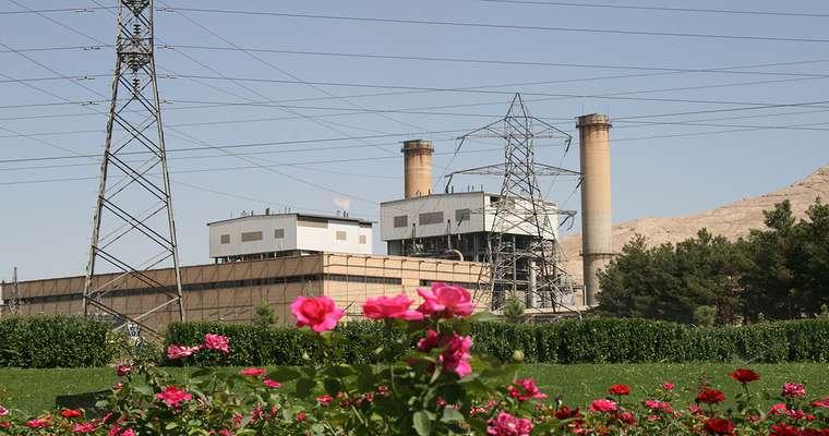 با اتمام تعمیرات دوره ای: واحد320 مگاواتی نیروگاه اصفهان وارد مدار تولید شد