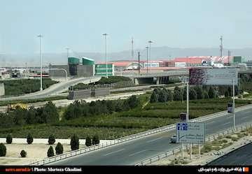 انتقال ۵۵ میلیون دلار از سهمیه کالای تجاری وارداتی منطقه آزاد ارس به منطقه آزاد شهر فرودگاهی امام خمینی(ره)
