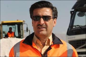 اصلاح ۵۲۰ کیلومتر از راههای شریانی فارس ظرف ۲ هفته آینده/ فعالیت ۶ اکیپ در کریدور شمالی-جنوبی استان