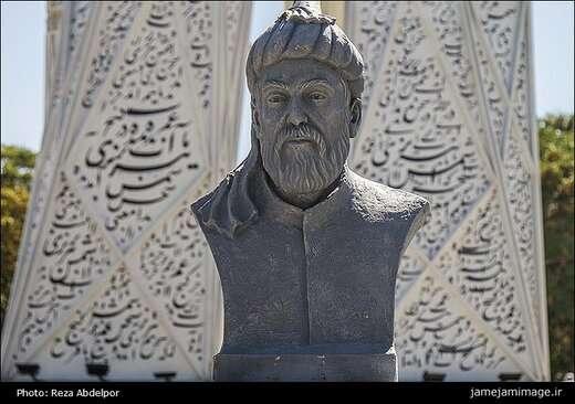 تعمیر و پاکسازی سردیس های مفاخر آذربایجان در باغ گلستان