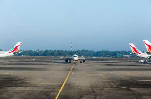 کاهش ۸۰ درصدی پذیرش مسافر هوایی در فروردین ۹۹