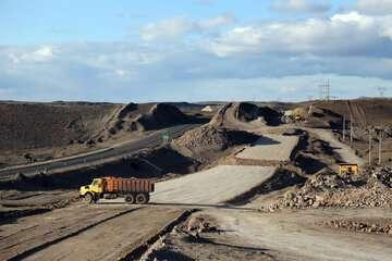 رکود ساخت آزادراهها و راهکارهایی برای حل گرانی حمل مصالح