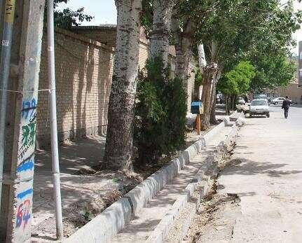 اتمام عملیات جدول گذاری خیابان شهید همراه با هزینه ۱ میلیارد و ۵۰۰ میلیون ریالی