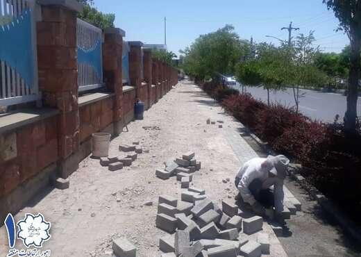 مرمت کفپوش های بتنی پیاده رو خیابان گلکار