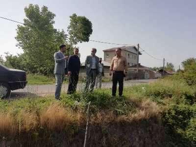 بازدید مدیر خدمات شهری از رودخانه های واقع در محله سیاه اسطلخ و کانال ژ 5