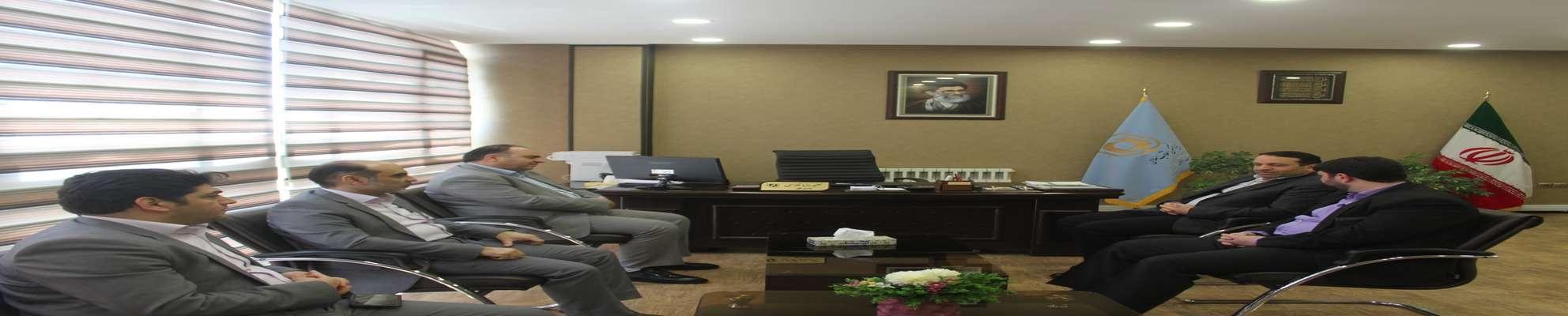 نشست مدیرکل بنیاد مسکن استان با مدیریت شعب پست بانک استان سمنان
