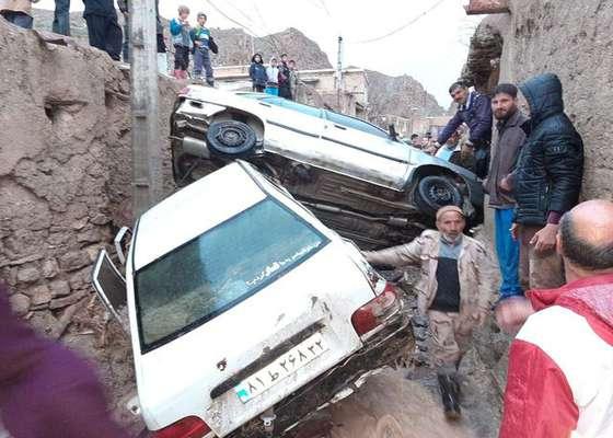 تخریب ۱۰۰ درصدی تعدادی از منازل روستای دیزادیز قوچان در پی سیلاب