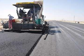 انجام ۴۰ کیلومتر روکش آسفالت در محورهای مواصلاتی استان مازندران/ انجام ۳۰ کیلومتر کار روکش تا پایان تابستان