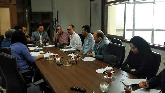 جلسه تعیین تکلیف سامانه نظارت بر عملکرد شرکت های رفت و روب، جمع آوری و حمل پسماند برگزار شد: