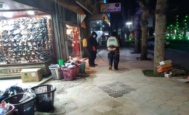 گند زدایی و ضدعفونی کردن معابر شهر ماسال