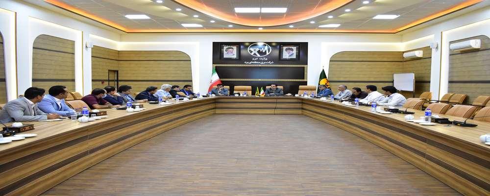 آمادگی نیروگاههای تولید پراکنده استان یزد برای عبور از پیک بار/ جلسه هم اندیشی نیروگاههای تولید پراکنده استان یزد