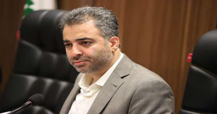 در شصت و نهمین جلسه کمیسیون حملونقل و ترافیک شورا; عبداللهی: قیمت کرایه تاکسی ها باید به شکل رند افزایش پیدا کند تا مردم دچار مشکل نشوند / حاجی پور: باید به فکر رانندگان زحمتکش تاکسی باشیم/ نباید به راننده تاکسی زور گفته شود