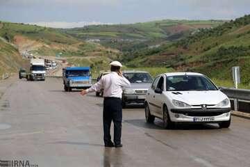 ترافیک در دو جاده هراز و آزادراه کرج-تهران سنگین است