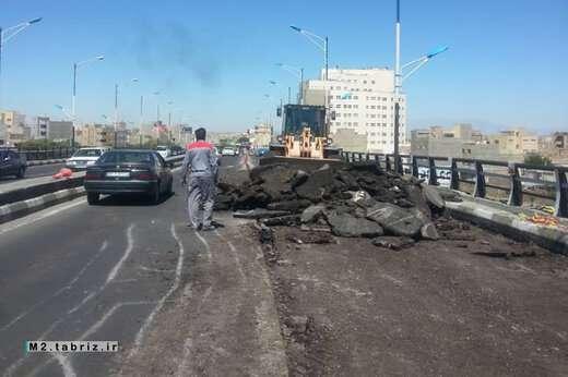 تداوم عملیات مرمت و بهسازی پل پیشقدم از سوی شهرداری منطقه ۲ تبریز