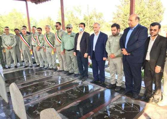 ادای احترام به مقام محیط بان شهید گیلانی میرداوود مومنی