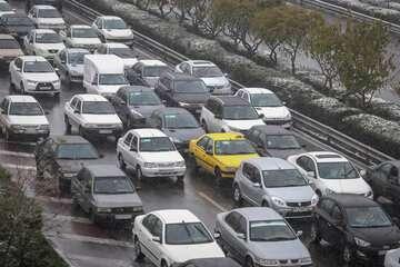 ترافیک ورودی به شهر تهران سنگین است