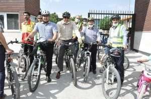  همایش بزرگ دوچرخه سواری دربجنورد برگزار شد