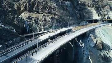 بهره برداری از منطقه ۲ آزاد راه تهران_ شمال تا پایان دولت / ساخت ۴۷۱ کیلومتر راه آهن تا پایان سال/انجام کار سه شیفته در مسیر ریلی چابهار - زاهدان