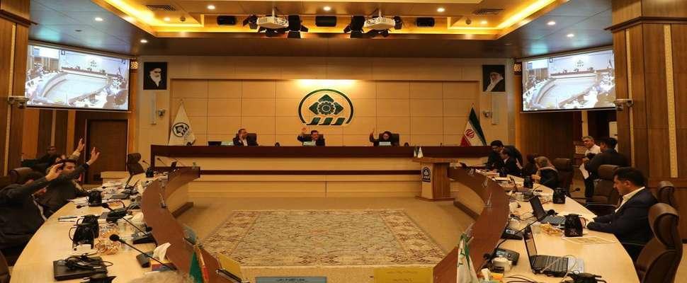 همزمان با اوجگیری موج دوم کرونا؛ شورای شهر شیراز درباره بازگشت برخی محدودیتها تصمیمگیری میکند