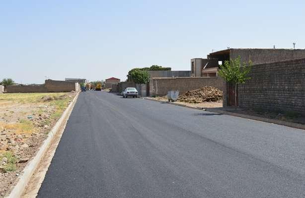 آسفالت معابر روستای باقرآباد بخش جعفرآباد ( خردادماه 99)