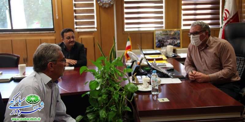 ملاقات مردمی شهردار مبارکه در راستای حل مشکلات  شهروندان