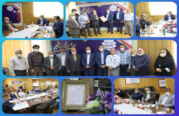 تبریک مهندس عسکری به عضو سازمان برای کسب عنوان شهردار برتر استان اصفهان در سال 98