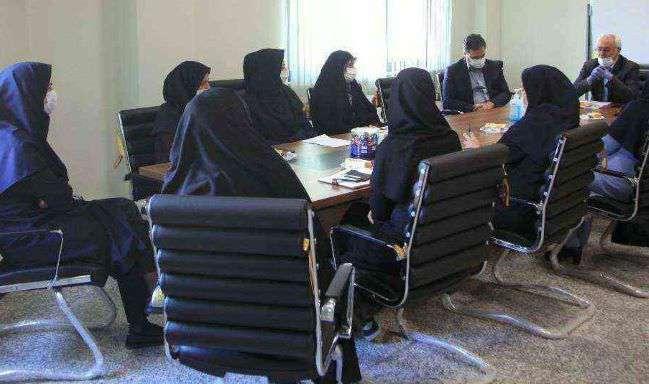 نشست مشترک معاون توسعه مدیریت، حقوقی و امور مجلس و مدیران اجرایی با کمیته هماهنگی امور زنان و خانواده سازمان حفاظت محیط زیست