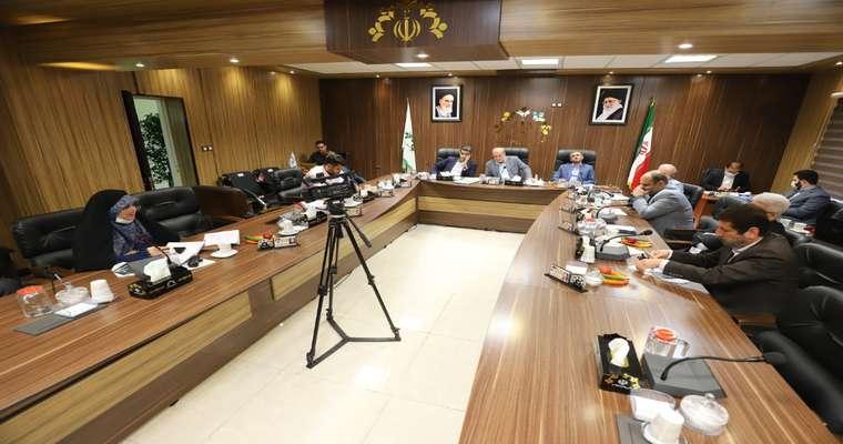 در یکصد و چهل و هفتمین جلسه عادی شورای شهر رشت طرحها و لوایح ارسالی مطابق لیست پیوستی موردبررسی قرار گرفت.