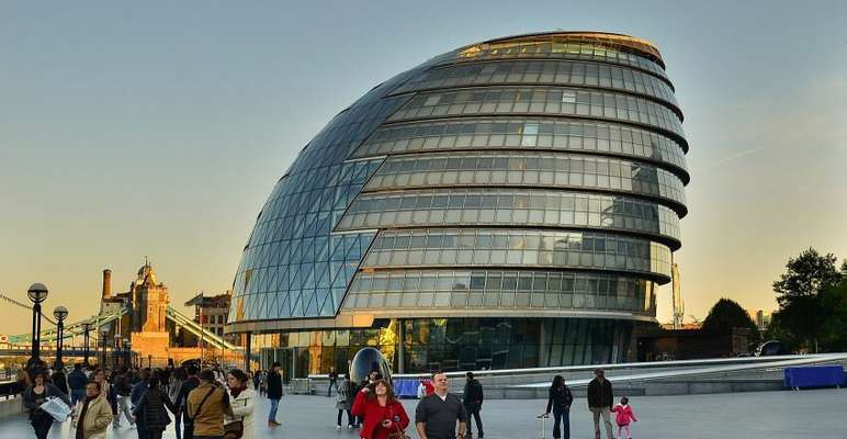 به علت گسترش ویروس کرونا؛ محل ساختمان شهرداری لندن تغییر یافت