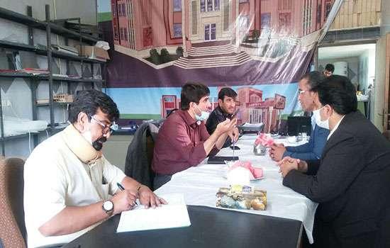 دیدار شهردار مهریز به همراه مسئول واحد عمرانی با مدیرعامل سازمان همیاری شهرداریهای استان یزد
