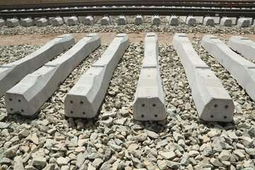 تفاهمنامه ساخت خط دوم محور ریلی سنگان - بافق امضا شد