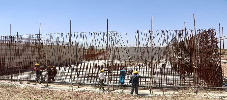 پروژه  ساخت مخزن  5000 متر مکعبی نیمه مدفون نیروگاه شهید مفتح