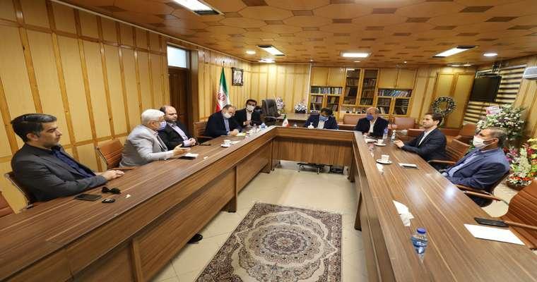 گزارش تصویری نشست اعضای شورای اسلامی شهر رشت با فرماندار شهرستان رشت